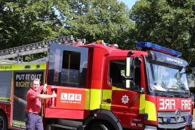 london-fire-brigade-brandon-summer-fete_1313