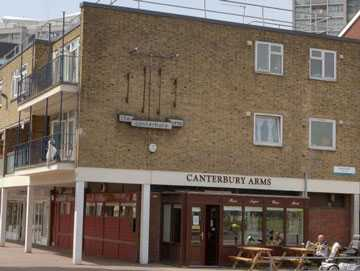 The-Canterbury-Arms-360